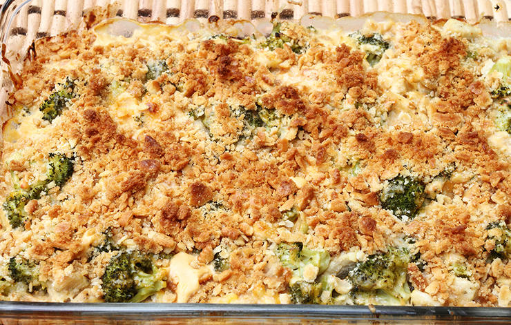 Creamy Chicken, Quinoa and Broccoli Casserole