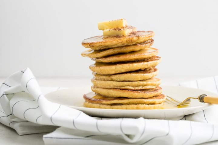 Low carb pancakes recipe - Dr. Axe